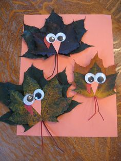 Maple Leaf Turkeys- would be so pretty in a garland - maybe we could make a bunch and hang them up in the dining room at work