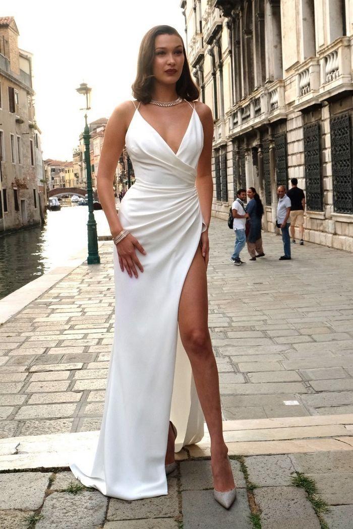 Supermodel Bella Hadid stuns on her way to a Bulgari party in Venice Italy  http://celebsip.com/katy-perry-leonado-dicaprio-bella-hadid-justin-theroux-jennifer-aniston-hailey-baldwin/