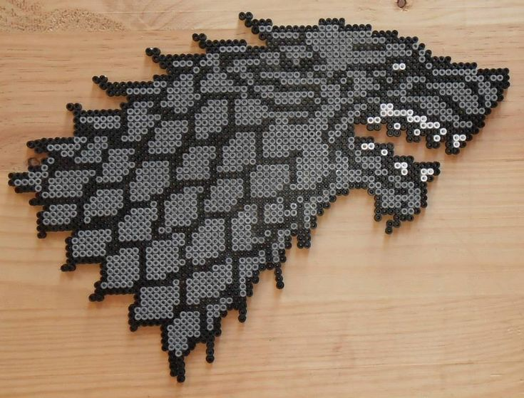 Emblema de la casa Stark (Juego de Tronos) en hama beads // Stark House - Game of thrones Hama Beads