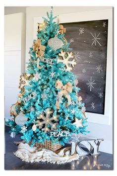 DIY Rustic Modern Turquoise Christmas Tree with metal and burlap from MichaelsMakers Sugarbee Crafts