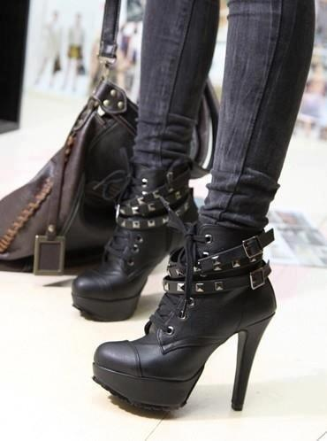 Found the source! I love these boots, and they are impossibly cheap! For $29.88 on Aliexpress.com, even if I only got 2 wears out of them, it'd be worth it! Boo, thumbs down, though; they don't have my size. :( <3 LA