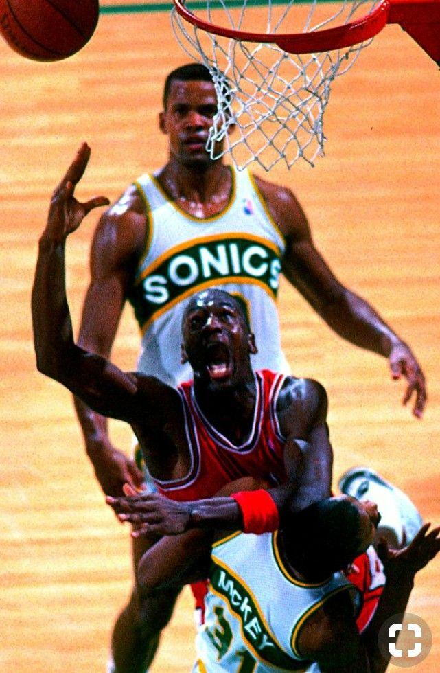 36bc6b274b4 #michaeljordan #jordan #mj #airjordan #jumpman #chicagobulls #bulls  #chicago #nba #philjackson | JAM MASTER JORDAN 23 | Basketball, Nba  basketball, ...
