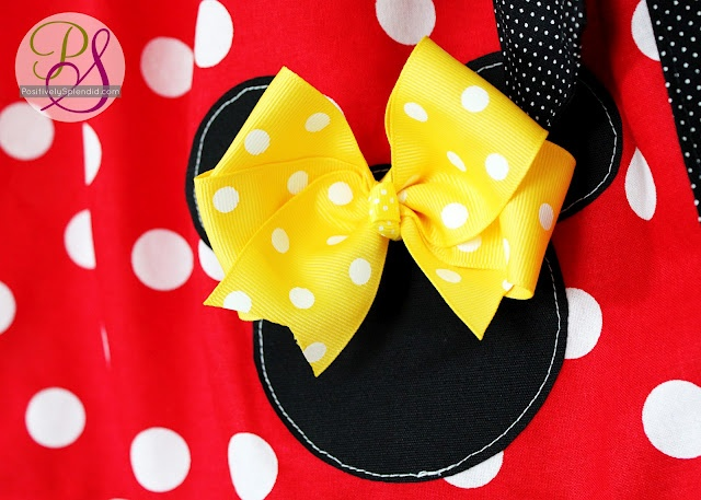 Disney outfits - cute!!Families Trips, Disney Outfits, Splendid Crafts, Positive Splendid, Disney Trips, Home Decor, Diy Disneyworld, Sewing Machine, Applique Design