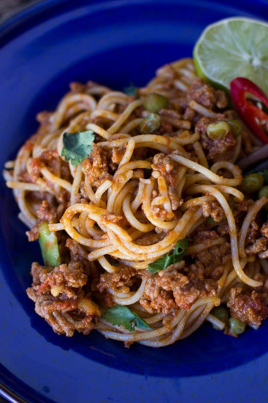 Red Curry Spaghetti Bolognese - http://wholesome-cook.com/2012/09/27/red-curry-spaghetti-bolognese/