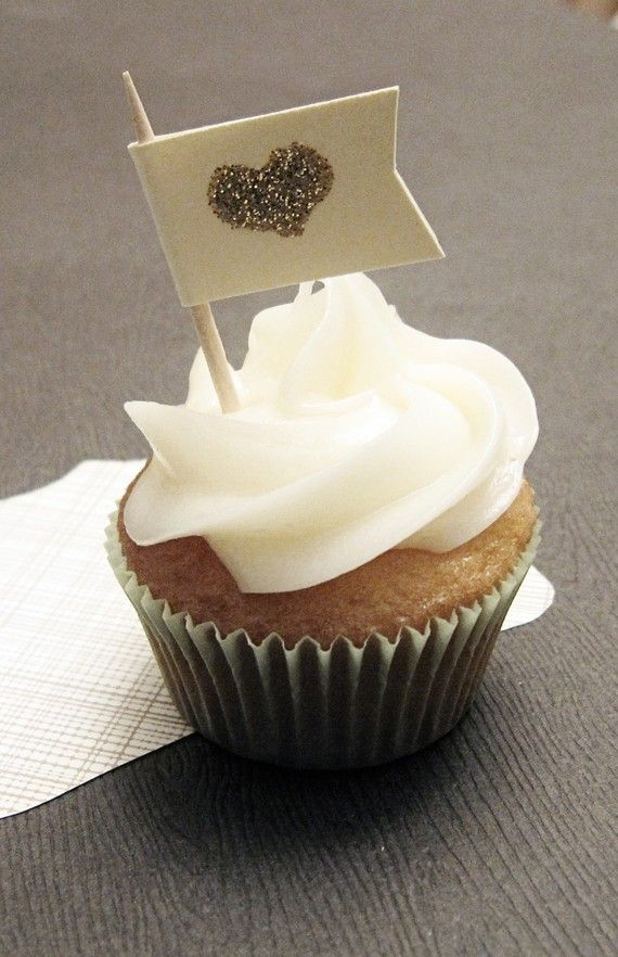 heart of gold cupcake topper gorgeous flag decoration