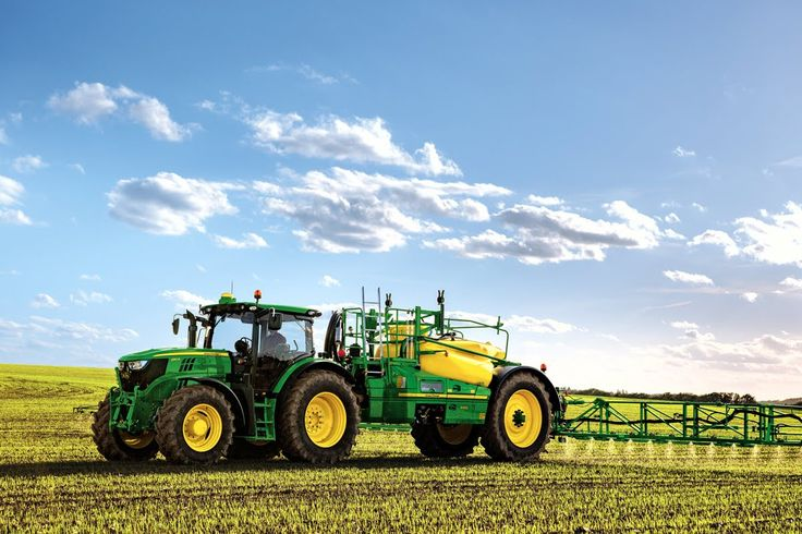 Spraying with John Deere 8200 tractor and pull type sprayer  2014  New http://www.agromachinery1.com/video_listing/spraying-with-john-deere-8200-tractor-and-pull-type-sprayer-2014-new/
