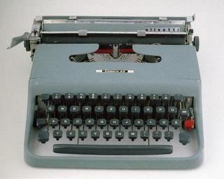 macchina da scrivere Olivetti, Lettera 22