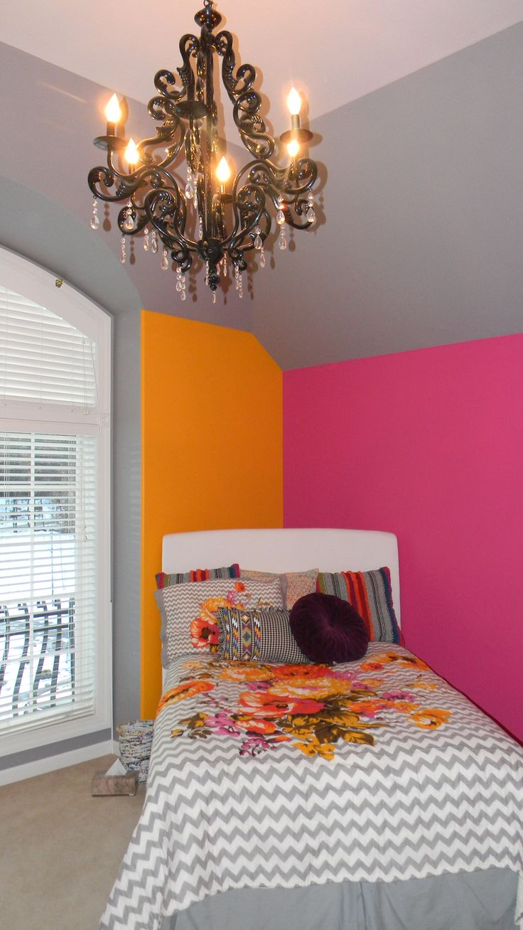 15 best images about my room on pinterest can 39 t sleep for Hot pink bedroom set