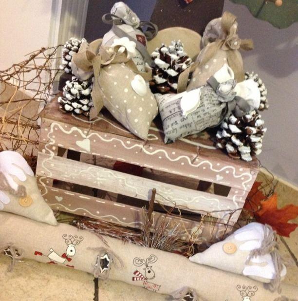 Oltre 1000 idee su decorazioni con pigne su pinterest - Decorazioni shabby natalizie ...