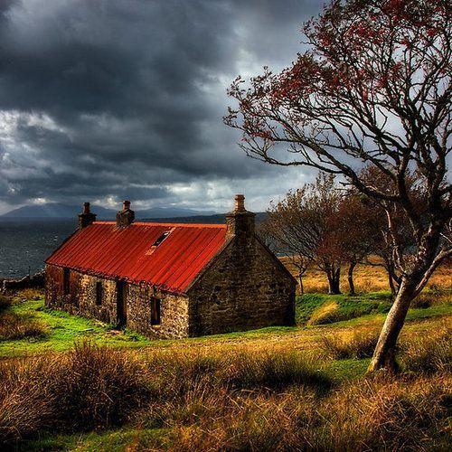 ancient house isle of skye scotland photo by barbara jones photosecosse isle of skye. Black Bedroom Furniture Sets. Home Design Ideas