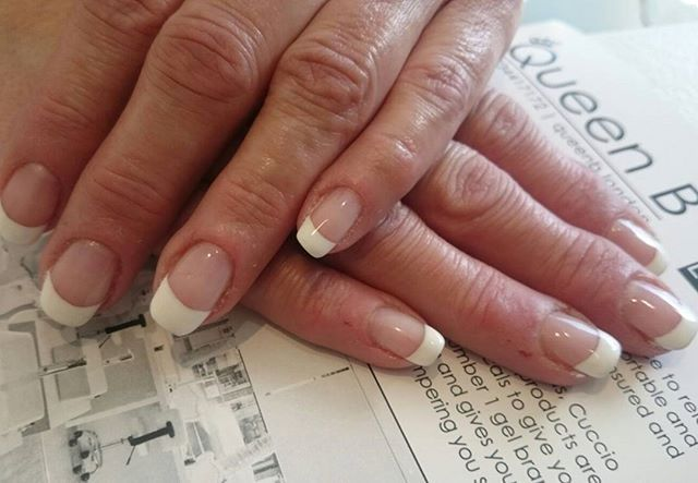 The classic French manicure. It is a style that never goes away. Today is looking crazy busy but we do have a 7pm just become available with the lovely Courtney  Call us ASAP to get booked in 02034417172 #croydon #london #nails #qbnails #love #gels #londonweddings #nails