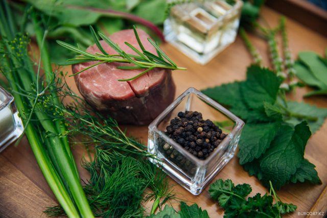 Рецепт недели: Две легкие закуски от ресторана Terrace 77, The Ritz-Carlton, Almaty