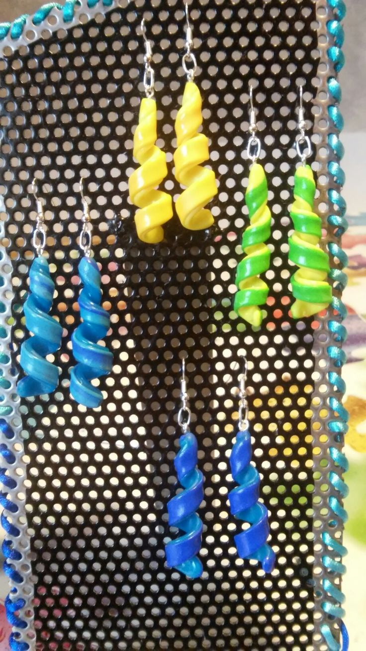 Orecchini spirale fimo color vari