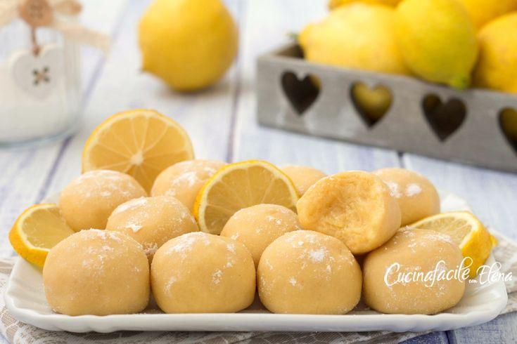 Tartufini di pandoro al limone, deliziosi e profumati dolcetti che si preparano senza burro e con soli 4 ingredienti, sono profumati e troppo golosi!