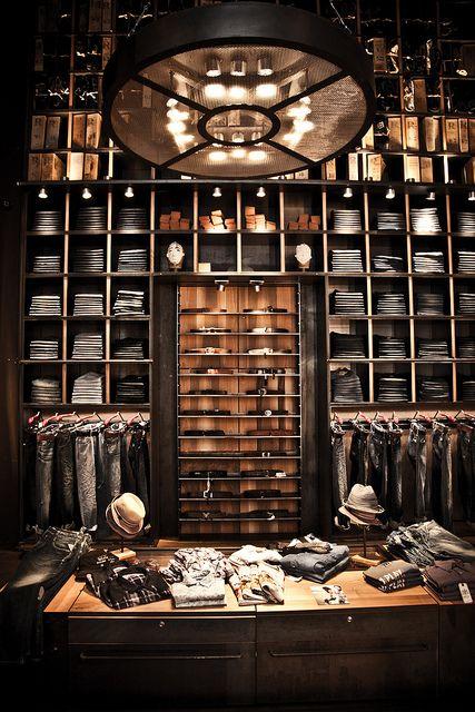 "Upper Design - Design Estratégico para Varejo www.facebook.com/upperdesignpoa #upper design #retail design #retail social media marketing #shops REPLAY,Milan, Italy, ""back wall"""