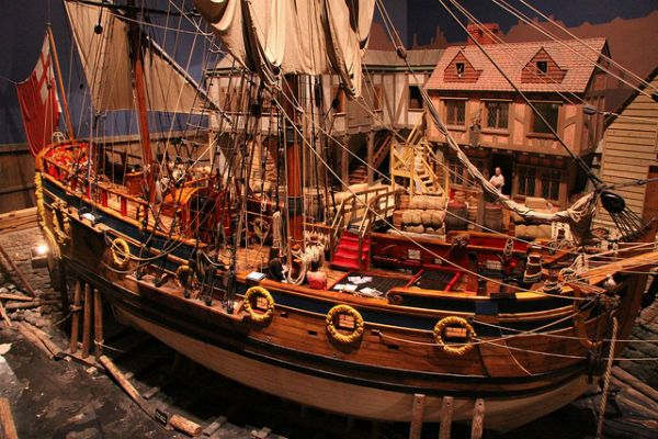 In 1668, the two-masted ketch the Nonsuch sailed into Husdon Bay in search of furs. Today, you can see a replica of the ship that led to the founding of Hudson's Bay Company at the Manitoba Museum. #exploremb