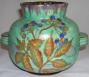 Crown Devon Fieldings matt glaze vase pattern M334, c1930s-mid 1940s.
