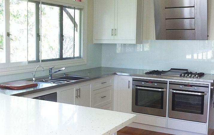 Glass Kitchen Splashbacks: Stylish Glass Splashbacks For Kitchen