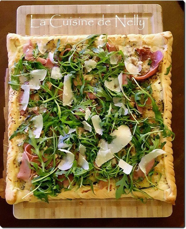 Pizza Courgette, Gorgonzola, Jambon de Parme et Roquette