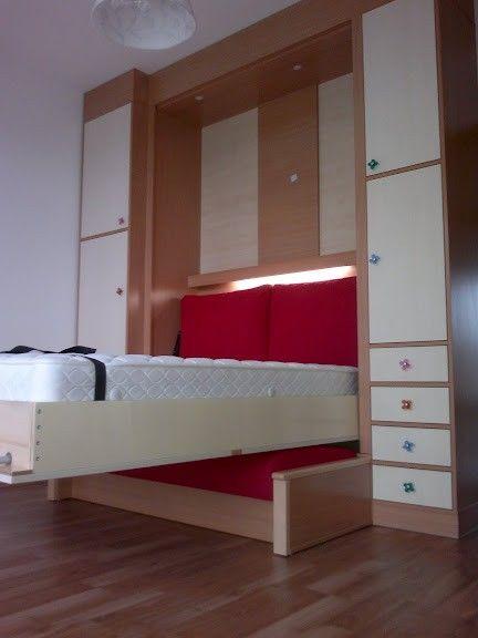 Kanapéval kombinált szekrényágy