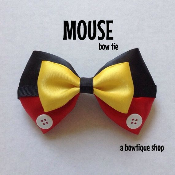 Up for your consideration is a custom made Mouse clip on bow tie.  The bow tie measures 4 1/4 inches wide and 2 1/2 inches tall. Heres a youtube