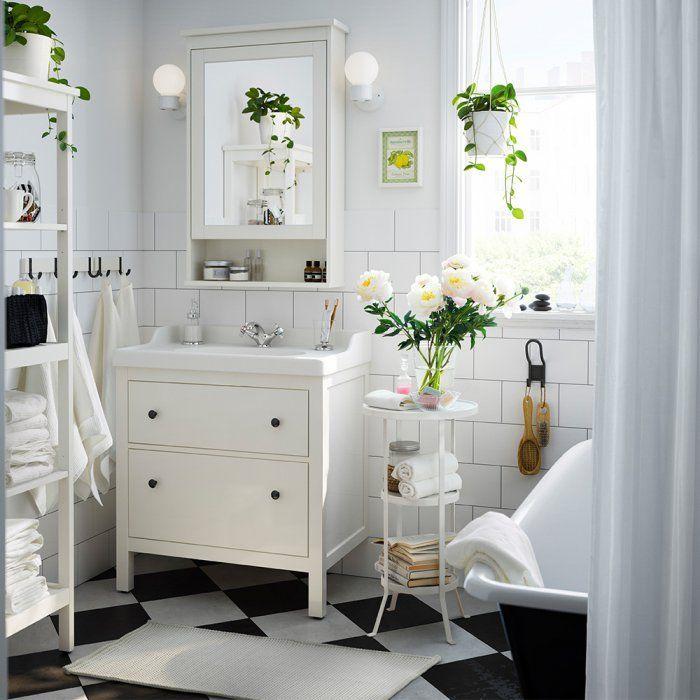 Petite salle de bains: 6 bonnes idées à piquer chez IKEA