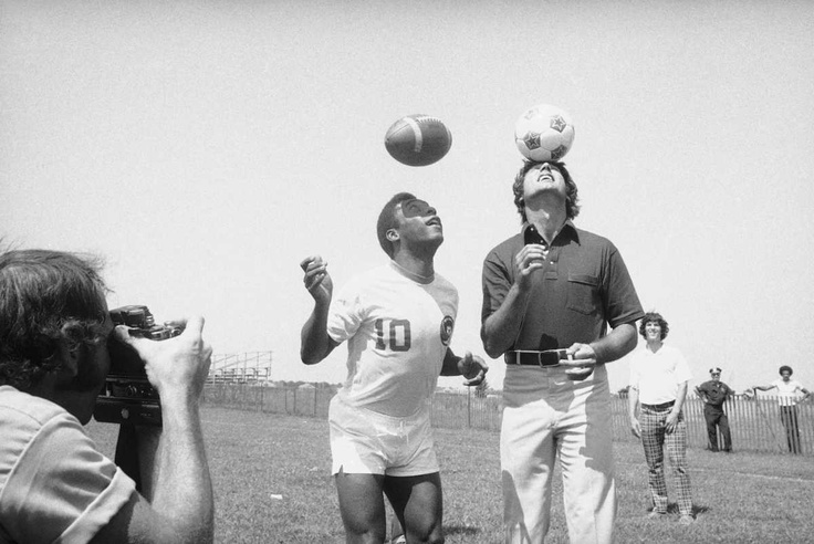 New York Cosmos soccer star Pele and Jets quarterback Joe Namath at the Jets training camp at Hofstra University. (Aug. 5, 1975) Photo Credit: AP