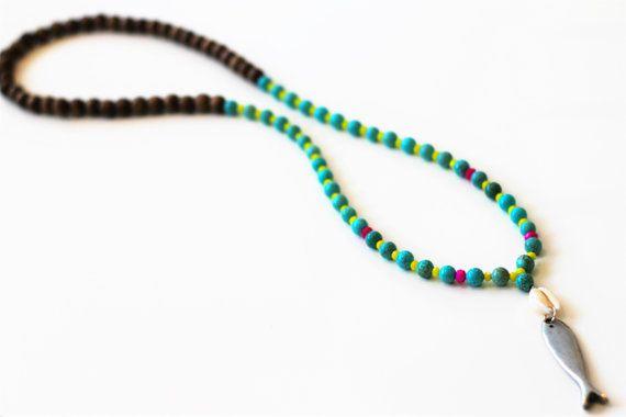 Bohemian Chic Halskette, Silber Fisch Anhänger Halskette Türkis Edelstein Halskette, Crystal Beaded Halskette, Shell Anhänger Halskette