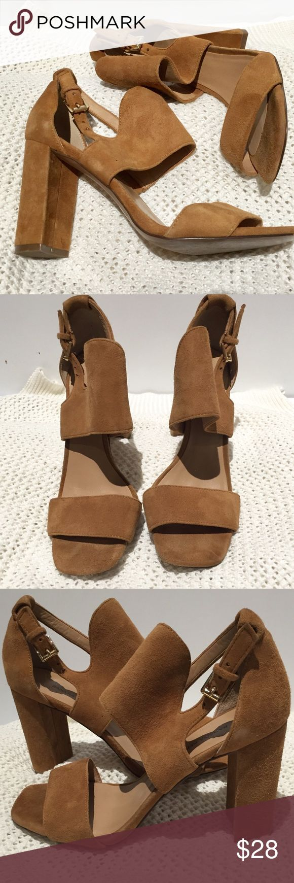 Camel suede heeled sandals from B. Republic Gorgeous heeled sandals from Banana Republic. Overall in excellent condition with some minor scuffs. See pics for tiny black mark on front of left shoe and slight suede discoloration on side of right shoe. The fading in the suede on right can be fixed by brushing the suede. Toe box area also shoes very minor wear from foot imprint but it's truly barely noticeable. I've worn these for work and out and they are wonderful! Thy have been cleaned and…