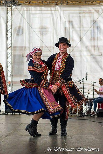 Folk Costume & Dance from Lachow Sadeckich region of Poland