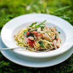Spaghetti met tonijn & rucola recept - Jamie magazine