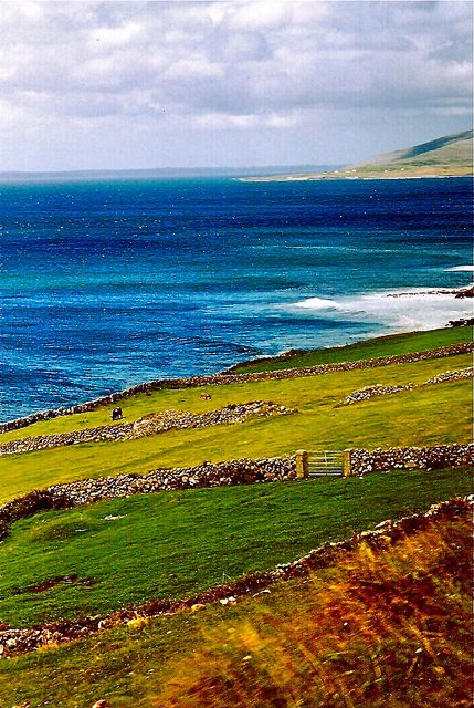 West Coast of Ireland. would like to build my house here and wake up to that view every single day.