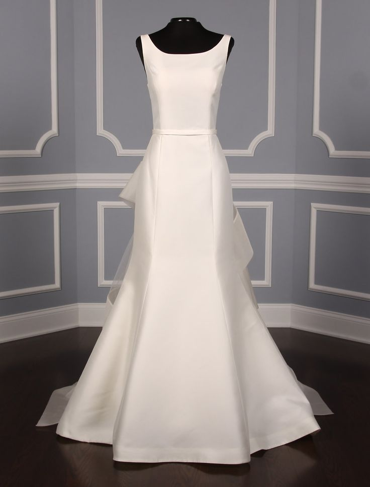 This Amsale Jane A650 wedding dress is absolutely gorgeous! A cascading silk organza border sash/train accents the back of this gown. 40% off retail! Wonderful No Risk Return Policy! #weddingdress