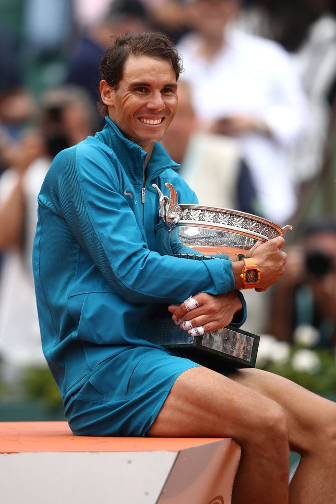 Rafael Nadal With Winner S Trophy Roland Garros Paris 2018 Rafael Nadal Tennis Rafael Nadal Rafa Nadal