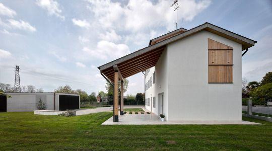 Casa San Polo / Massimo Galeotti Architetto  Photos © Francesco Castagna