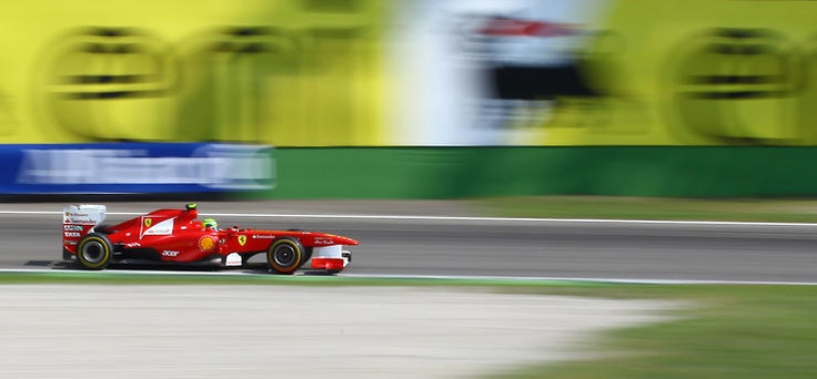 Panning Ferrari by Belpaese @ http://adoroletuefoto.it