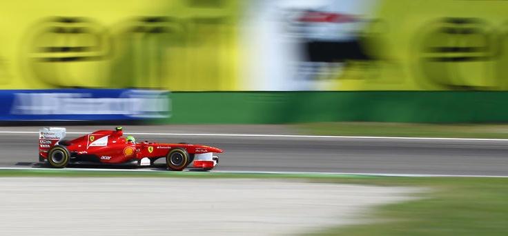 Panning Ferrari by Belpaese @ http://adoroletuefoto.it