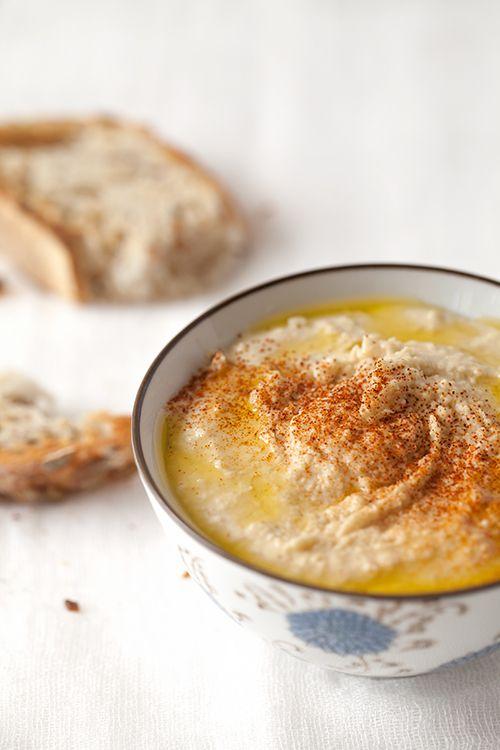 Greek Vegetarian: Hommus, Hummus, Homous