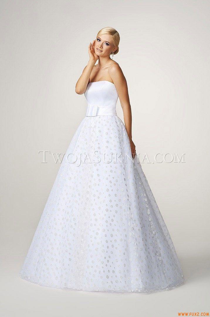 42 best wedding dresses just for you images on Pinterest ...
