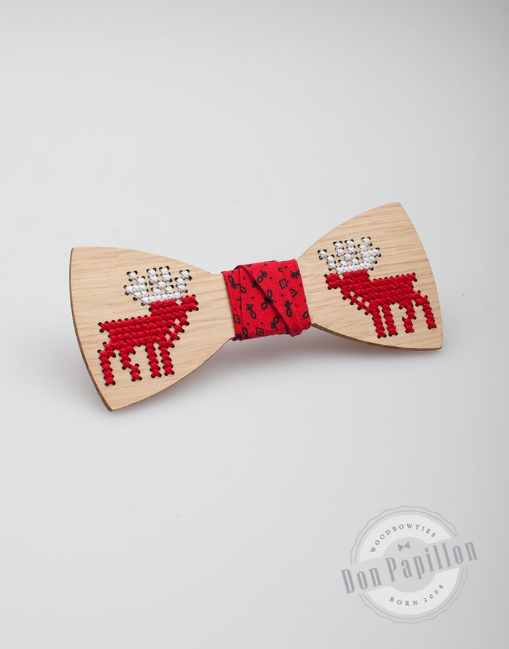 Don Papillon Christmas collection of wooden bow ties, sewed by hand, with reindeer pattern.