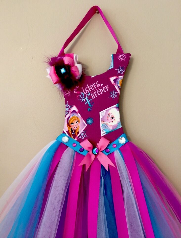 DISNEY FROZEN THEMED TUTU BOW HOLDER AND WALL DECOR - PLUS 5 FREE HAIR BOWS
