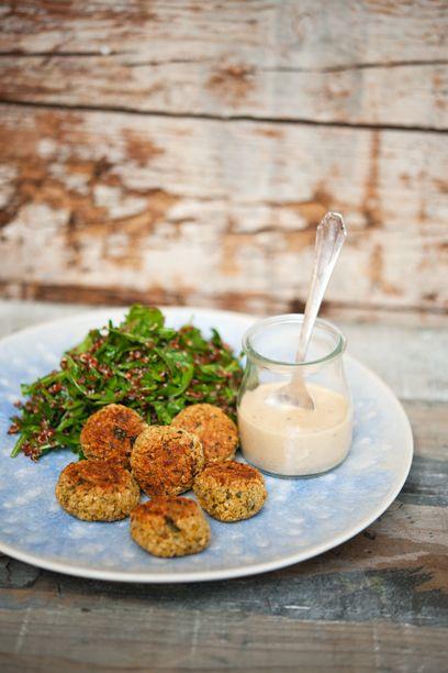 Falafel mit Sesamsauce #vegetarisch #vegan #gesundesfastfood