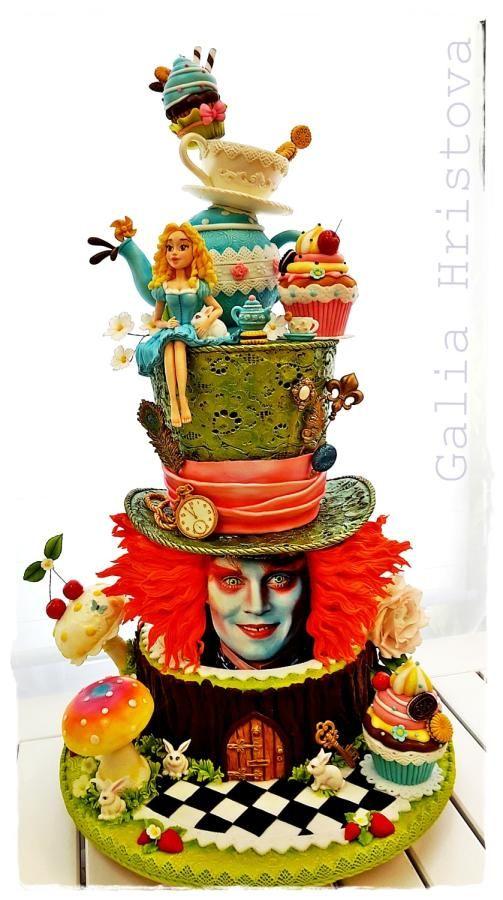 Stunning Tim Burton Alice In Wonderland Cake made by Galia Hristova