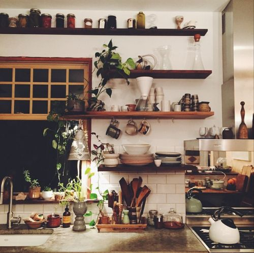 25 best ideas about cozy kitchen on pinterest bohemian for Earthy kitchen ideas