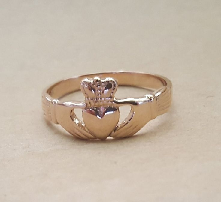 Ring - CLADDAGH - Sterling Silver or 9ct Gold
