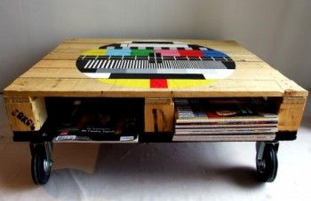 shipping pallet furniture: Pallets Coffee Tables, Ideas, Memorial Tables Pallets, Pallets Furniture, Pallets Tables, Palette, Pallet Coffee Tables, Pallet Tables, Diy