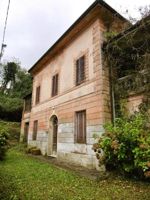 Large 19th century Art Nouveau villa to restore in Tuscany Ref: VIL0013, Camaiore, Tuscany. Italian holiday homes and investment property for sale.