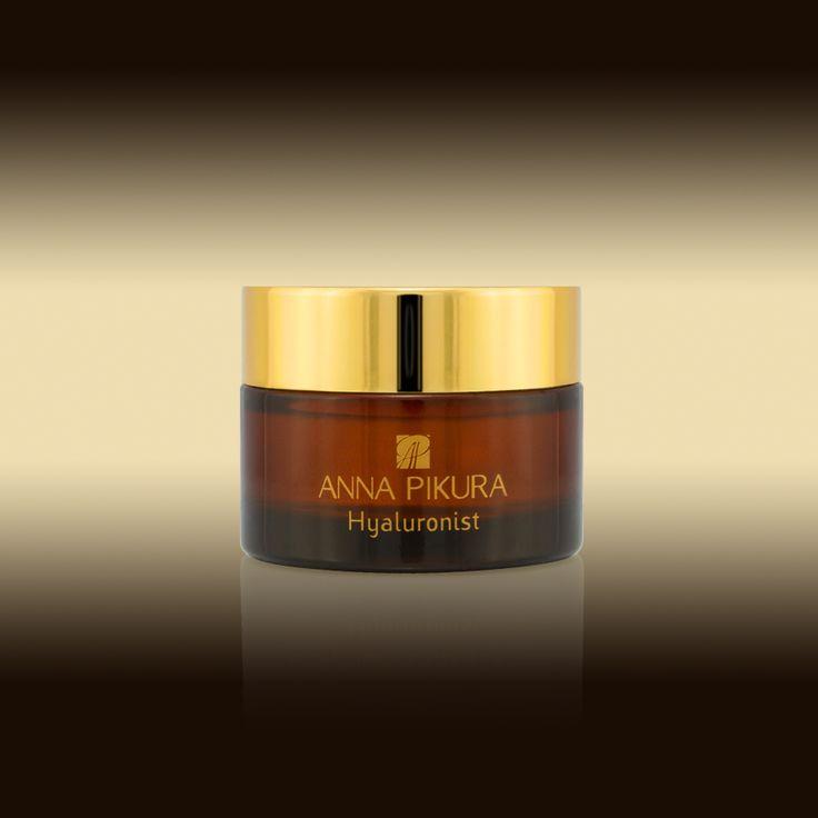Stawiasz na gładką i nawilżoną skórę? Anna Pikura poleca Hyaluronist. Wyjątkowy biokosmetyk w postaci czystego kwasu hialuronowego.  Dzięki niemu Twoja skóra będzie wygładzona, jędrna i dobrze nawilżona, bruzdy i zmarszczki zostaną spłycone, nastąpi również stymulacja naturalnych procesów regeneracji.  Polecamy! http://sklep.annapikura.com/product_info.php?cPath=92&products_id=539