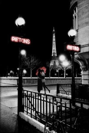 Goodnight Kiss in Paris - Paris