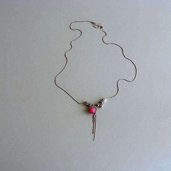 Simply+pink:+srebrny+naszyjnk+w+Feminine+na+DaWanda.com